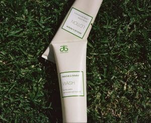 Arbonne Detox Wash & Detox Lotion available for purchase (link opens in new window)